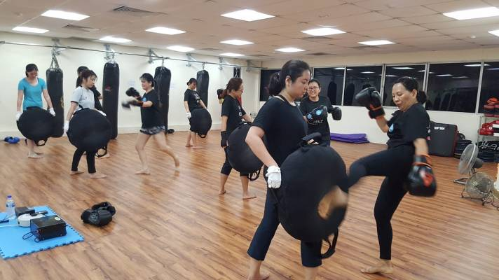 Active Red Kickboxing Fitness and Gym - Women only Kickboxing Group Class